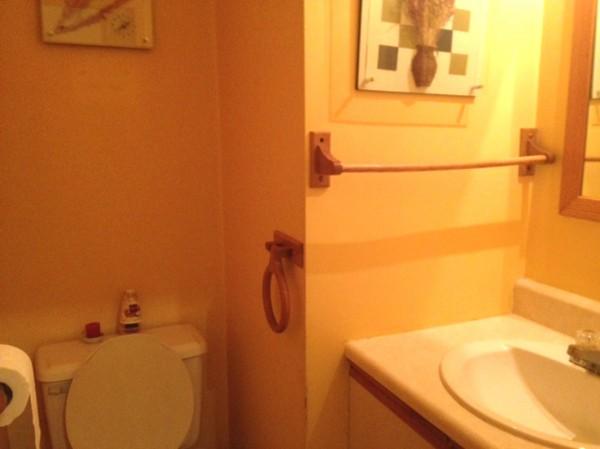 卫浴店面布置 恒洁卫浴墙贴 店面办公室装修效果图