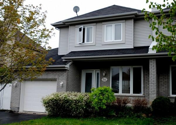 出售住宅魅力西岛, pointe claire, 独家代理, 性价比高 $364,900 已