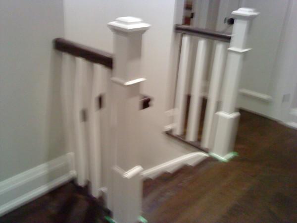 楼梯栏杆(木,铁)楼梯扶手,及整套楼梯,批发零售:实木地板,复合地板,地